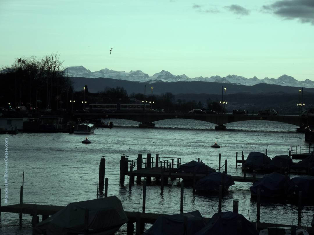 A view of the beautiful Alps over Quaibrcke in Zrichhellip